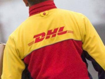 DHL is blackmailing the bomber, demands ransom in bitcoin