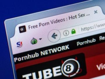 Subsidiary Pornhub will pay users in bitcoin for viewing content