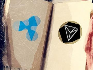 Cryptocurrency microtransactions in social networks: Tron vs Ripple