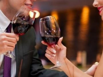 5 restaurants for couples to accept bitcoin